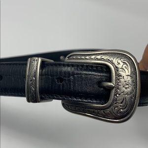 Black leather belt with silver buckle vintage